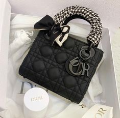 Dior Handbags, Purses And Handbags, Fake Designer Bags, Designer Belts, Designer Handbags, Louis Vuitton, Chanel Purse, Chanel Bags, Bvlgari Bags