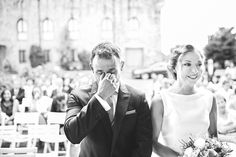 Porque los novios también lloran...  #lacabinaroja #fotografosbodaasturias #bodasasturias #weddingphotography