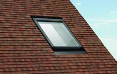 Obniżony montaż okna do płaskiego pokrycia dachu