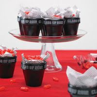 Clay Pot Graduation Favors | DIY Graduation