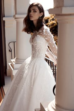 Leah Da Gloria 2020 Couture Collection - Polka Dot Bride Bridal Gowns, Wedding Dresses, Lace Wedding, Beautiful Wedding Gowns, Disney Dresses, Preppy Outfits, Couture Collection, Ball Gowns, Clothes For Women