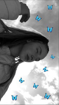 Para Sakura Para Para Sakura is a 2001 Hong Kong musical romantic comedy film directed by Jingle Ma, starring Aaron Kwok and Cecilia Cheung. Snapchat Selfies, Photo Snapchat, Instagram And Snapchat, Snapchat Streak, Creative Instagram Stories, Instagram Pose, Instagram Story Ideas, Photos Tumblr, Tumblr Ideas