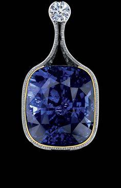 Jewellery Theatre: Jewellery Art-Stones Pendant.18K White Gold.  sapphire, diamonds, sapphires, tsavorites.
