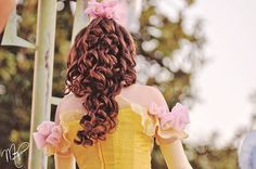 Self-proclaimed TMZ of the Disney Princesses, we are two girls with Nikons shooting at Disneyland. Disney Day, Disney Love, Disney Magic, Disney Memes, Disney Parks, Disney Pixar, Disneyland Princess, Belle Cosplay, Disney Cosplay