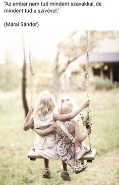 Art sisters on a swing photography-inspiration Children Photography, Family Photography, Friendship Photography, Friendship Photos, Genuine Friendship, Photography Ideas, Wedding Photography, Jolie Photo, Friends Forever