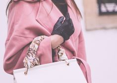 Pink wool coat. Pink coats. The Fashion Rose http://www.thefashionrose.com/2017/01/outfit-the-pink-coat.html