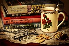 missingsisterstill:  Sip & Read by photographer Sheila Reeves