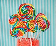 Lollipop, Candyland and Wonka Themed Party Ideas