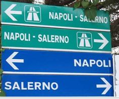 Tourists...pay attention .....♥: xoxoxo #roadsigns #italy
