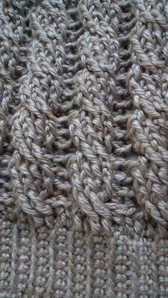 Cabled beanie free crochet pattern