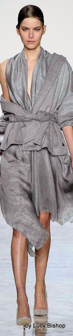 Yiqing Yin Spring Summer 2015 Haute Couture ~ PFW