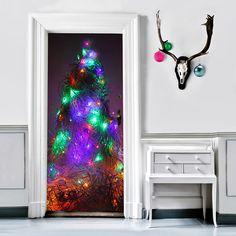 Eine moderne Interpretation des Weihnachtsbaumes, der nicht nadelt und nicht welk wird. We love <3 #Türfolie #Klebefolie