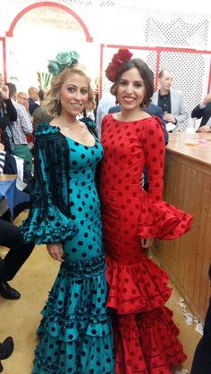 """Elegantes trajes hechos con nuestro """"Madison flosar"""", con lunares de terciopelo. ♥ ♥ Flamenco dresses made with flamentex fabrics ♥ ♥ #trajedeflamenca #feriadeabril #telasflamenca #flamencodress #flamencofabric"""