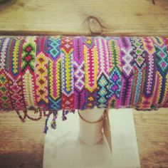Vriendschapsarmbandjes / friendship bracelets handmade in thailand