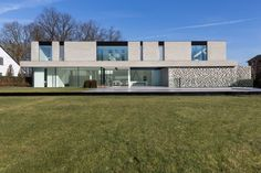 House B Hasselt by UAU collectiv on Behance Minimalist Architecture, Facade Architecture, Residential Architecture, Contemporary Architecture, Arch House, Facade House, Double Story House, Casa Patio, Villa