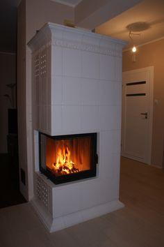 kominek kaflowy projekt i wykonanie Zduni Ekspresja Ognia Fireplace Mantels, Mantel Ideas, Wood, Interior, House, Smoke, Live, Design, Home Decor