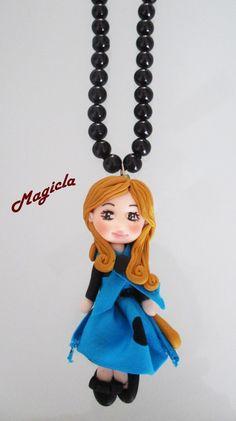 Collana con ciondolo graziosa bambolina di Magicla su Etsy