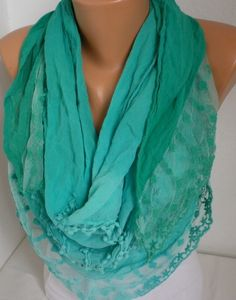 Love the color,love the print,could be worn with anything