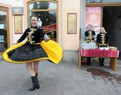 Lidové kroje Slovensko