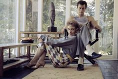 Dennis Stock - Actors Tony Curtis and Janet Leigh at home. Hollywood, 1957