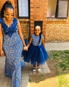 Sesotho Traditional Dresses, South African Traditional Dresses, Traditional Wedding Attire, Couples African Outfits, African Dresses For Kids, Little Girl Dresses, Mother Daughter Matching Outfits, Shweshwe Dresses, African Traditions