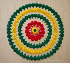 Here are some very easy and simple rangoli designs you can make them at any festival. Simple rangolis are the best choice. Simple Rangoli Designs Images, Rangoli Designs Flower, Rangoli Ideas, Rangoli Designs With Dots, Rangoli Designs Diwali, Beautiful Rangoli Designs, Simple Flower Rangoli, Small Rangoli, Simple Flowers