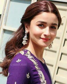 Bollywood fashion 632615078895758249 - Source by Bollywood Stars, Bollywood Fashion, Bollywood Celebrities, Bollywood Actress, Merida, Alia Bhatt Photoshoot, Alia Bhatt Cute, Looking Gorgeous, Beautiful