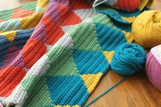 little woollie: Autumn Harlequin progress....