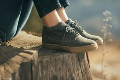 Oliberté is the World's First Fair Trade Certified Footwear Factory – Fair Trade Shoes & Leather Goods Made in Africa. | TAKAMI Rustic Brown Pullup