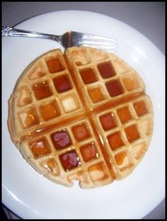 Waffles ('buttermilk' made out of almond milk and ACV)_E