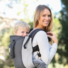 LÍLLÉbaby CarryOn Toddler Carrier AIR Grey & Silver