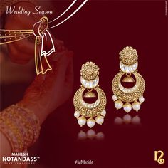 These breathtaking earrings by #MaheshNotandassFineJewellery will add an quiet grace to your bridal ensemble.