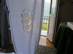 hardanger  embroidered    tenda