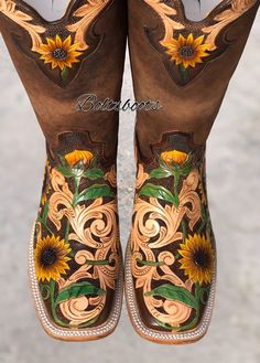 all shipping it's a 100 % reliable,bolts boots co your custom boot shop ! Cute Cowgirl Boots, Rodeo Boots, Womens Cowgirl Boots, Cowgirl Outfits, Country Western Fashion, Fallon Taylor, Cute Converse, Western Shoes, Girls Belts