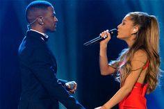 Ariana Grande e Big Sean  cantando jutnos - http://metropolitanafm.uol.com.br/novidades/famosos/ariana-grande-e-big-sean-cantando-jutnos