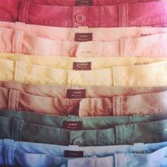 wear colored pants
