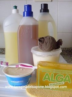 10 passi per lavare i piatti senza detersivo