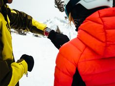 De Acum Poți Monitoriza Turele de Ski și Snowboarding cu Apple Watch Series 3