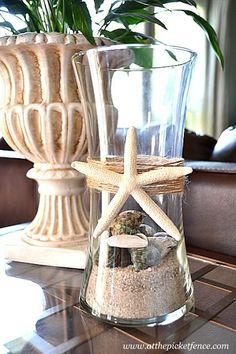 Starfish Hurricane ~ summer decor ~ beach decor ~ seashells ~ This would look awesome in our bedroom when it's finished. Beach paradise theme :)