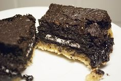 Slutty Brownies: Die ultimative Vereinigung aus Chocolate Chip Cookies, Oreos und Brownies