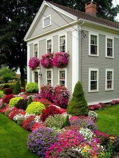 Fantastic Flower Beds! – The Garden Glove