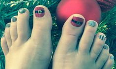 Jamberry Xmas toes