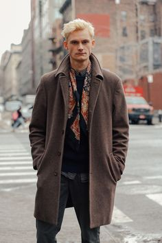 Take a look at the best looks spotted on the streets of New York during Menswear Week Fall/Winter 2016-2017, taken by Dan Roberts.