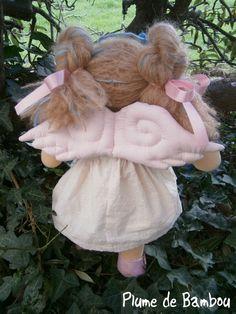 Ailes de poupées 'mon petit ange 'roses via Plume de Bambou. Click on the image to see more!