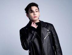 Jikook, Bts Facebook, Red Hunter, Bts Aesthetic, Wattpad, Album Bts, Foto Bts, South Korean Boy Band, Bts Jungkook