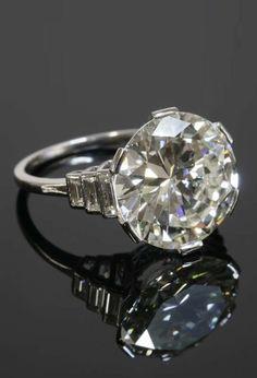 Art Deco Platinum & Diamond Ring-c1930 Is Stunning and beauty design antique Slvh ❤❤❤❤❤
