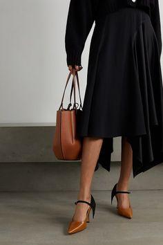 Loewe cape suede and leather pumps. #loewe #nudeshoes #pumps #heels