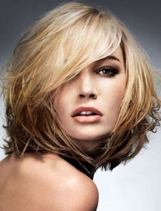 Shoulder-length Messy Bob Hairstyle