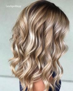 Hair waves hairstyles look wonderful and can work for any hair type. Check out o… Hair waves hairstyles look wonderful and can work for any hair type. Check out our best ideas how to make your hair wavy and natural… Continue Reading → Bronde Balayage, Bayalage, Honey Balayage, Brown Blonde Hair, Blonde Curls, Blonde Hair For Pale Skin, Blonde Honey, Blonde Waves, Blond Hair With Lowlights