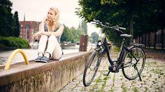 Przypomnij sobie, jak uczyłeś się jeździć na rowerze, a Twoi rodzice na początku Ci pomagali, popychając trochę rower, abyś mógł się rozpędzić. Pierwsza przejażdżka rowerem elektrycznym marki Kreidler jest podobnym doświadczeniem. Tylko że wspomaganie nie ustaje… Więcej: http://kreidler.pl/rowery-elektryczne/